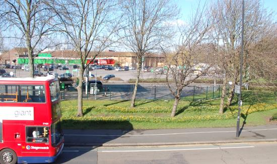 Premier Inn London Beckton Hotel: ASDA, buses & daffs in the Beckton sunshine.