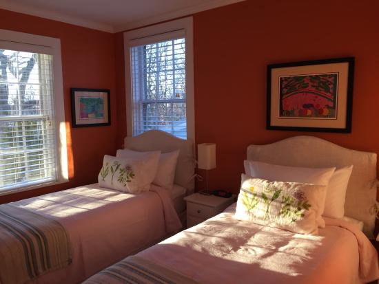 Yarmouth Port, MA: Family Suite