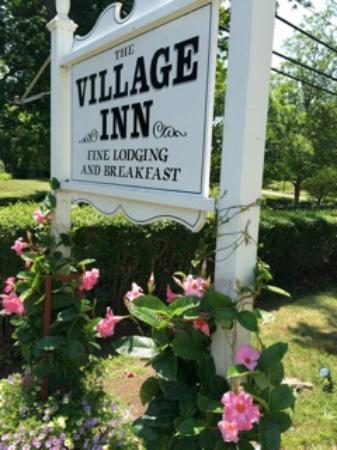 The Village Inn Cape Cod: Exterior