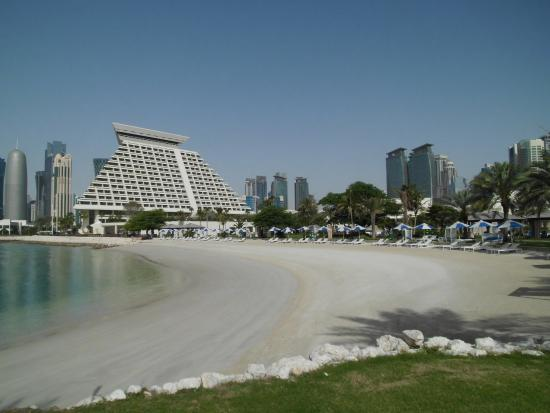 Sheraton Grand Doha Resort Convention Hotel Photo