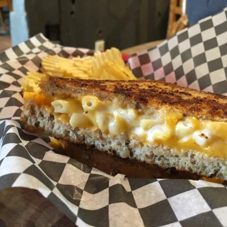 แบร์รี, แคนาดา: Wake & Bacon and the Mac & Cheese