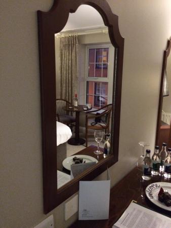 Interior - Dooley's Hotel Waterford Photo