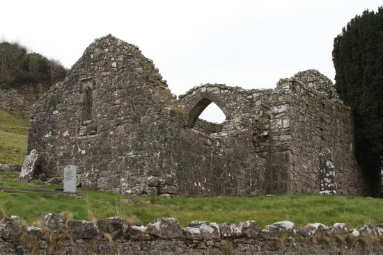 County Westmeath, Ierland: The Church and Graveyard