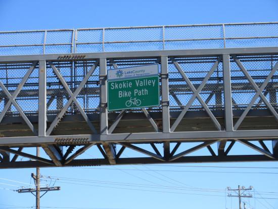 ไฮแลนด์พาร์ค, อิลลินอยส์: bridge