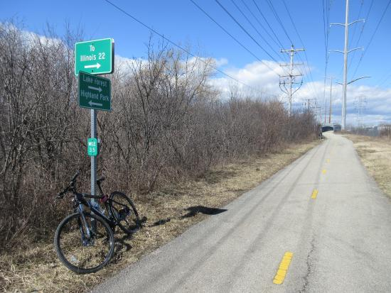 ‪Skokie Valley Bike Trail‬