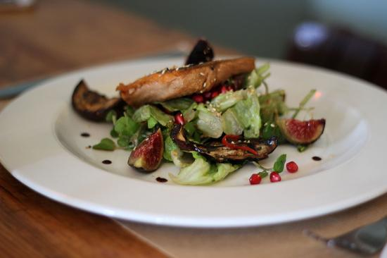 Graze Slow Food Cafe: Salmon