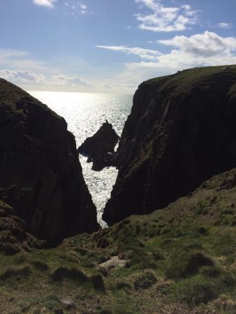 Mull of Galloway, UK: Gallie Craig: most southerly point of mainland Scotland