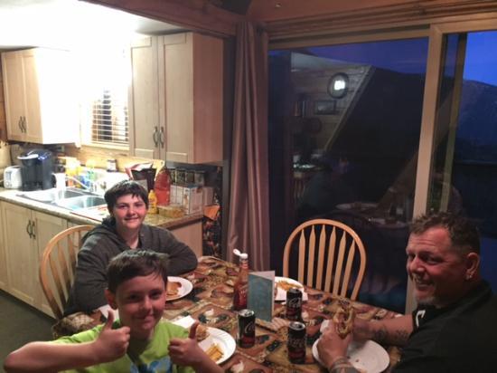 Idyllwild, CA: BBQ Dinner
