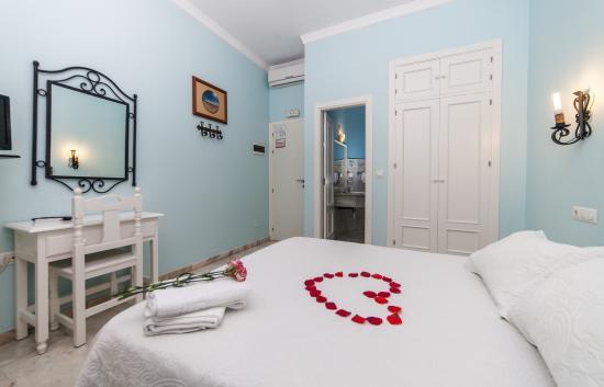 호스탈 라스 마르가리타스 호텔