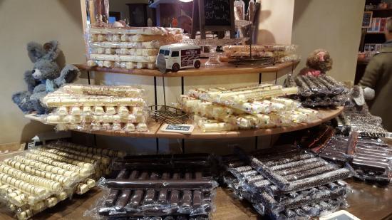 Le comptoir de mathilde tulette magasin d 39 usine - Le comptoir de mathilde lyon ...