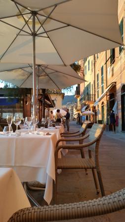 Ristorante ristorante la camogliese in none con cucina cucina ligure - Ristorante con tavoli all aperto roma ...
