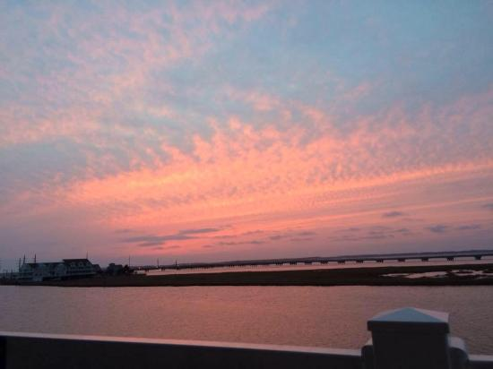 Comfort Suites Chincoteague: The beautiful view from our balcony