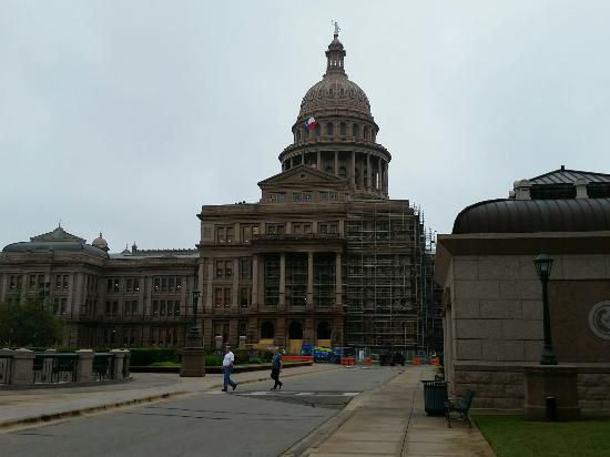 State Capitol: 20160330_111021_large.jpg