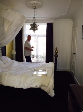 Frederik Park House : Grand Suite bed area