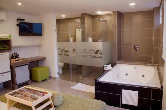 Lleras Green Hotel Habitación Junior Suite