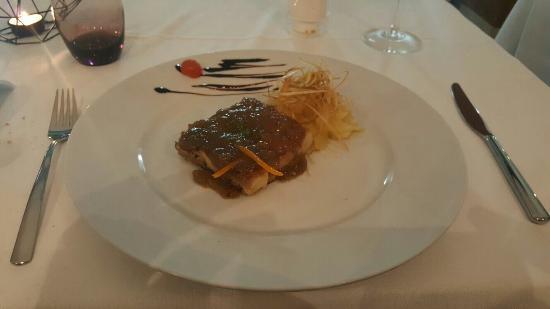 Amayra : buena cena y buena atención
