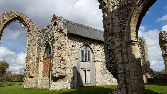 Leiston Abbey: 20160330_140353_large.jpg
