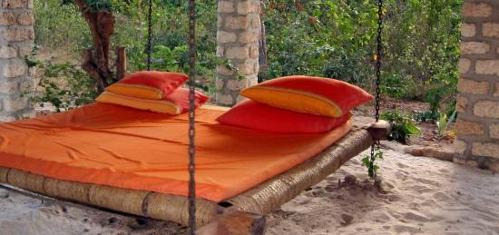 The Cove Treehouses: Perfect daybed for a well-deserved nap