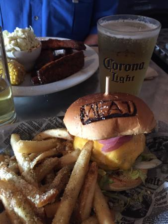 MEAT Eatery And Taproom