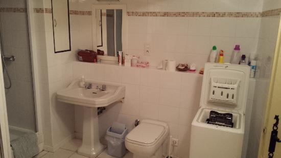 Sablet, Frankrike: bath