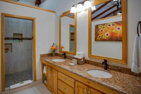 Cove Complete Bathroom Suite: Bathroom In Our Premium Suite Style Cabana Complete With