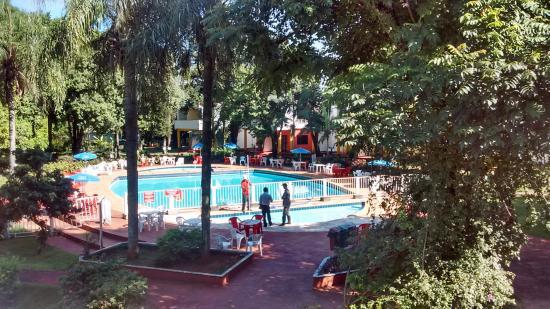 Iguassu Holiday Hotel: pileta del hotel