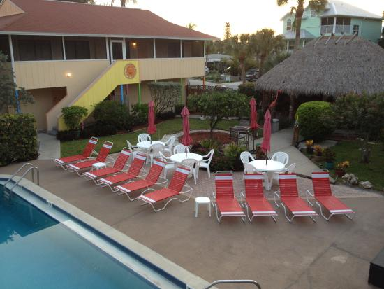 Palm Terrace Resort: Private, quiet courtyard