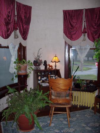 Mound City, IL: Registration nook in foyer