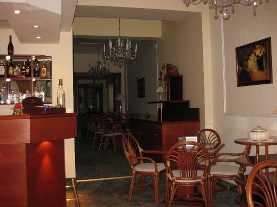 Louren Hotel: Зона кафе (завтраки)