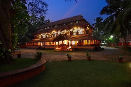 Kunnathur Mana Ayurveda Heritage & Luxurious Resort