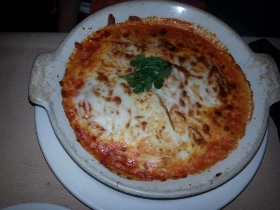 Mama Leone's: Ravioli was cheesy & tasty