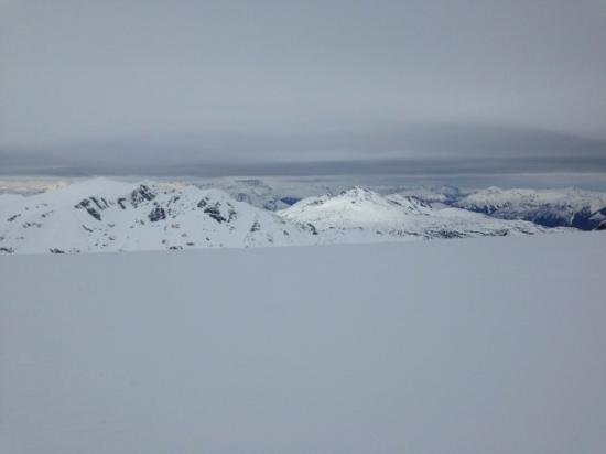 Whistler Heli-Skiing : View from the top of one of our runs