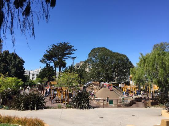 Lafayette Park: photo0.jpg