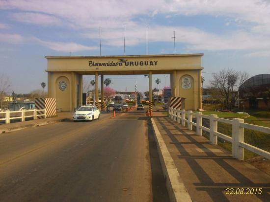 Quarai, RS: Atravessando para o Uruguai