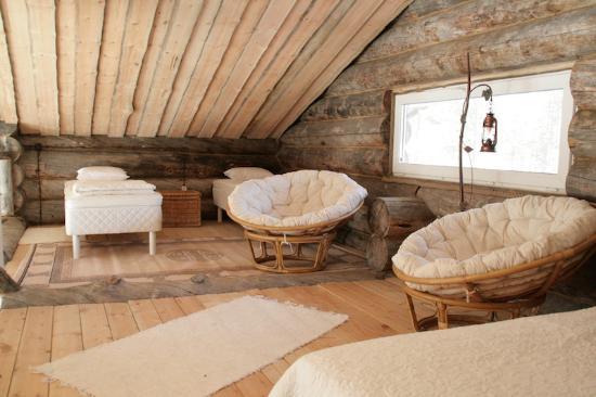Lovozero, Rússia: loft room