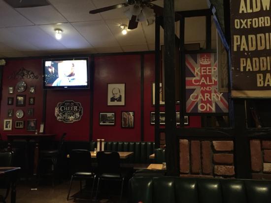 a right proper pub - review of rose and crown british restaurant