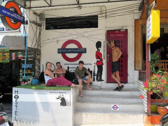 Koh Tao Central Hostel: Guests March 16 :-)