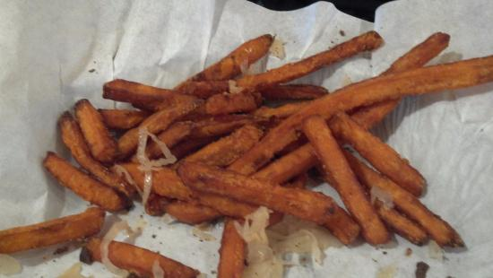 Fresh Burger Cafe : Sweet potato fries
