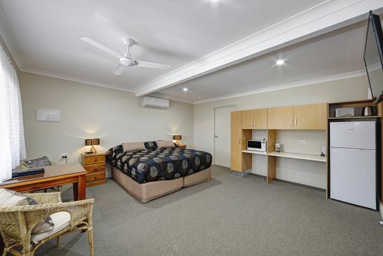 Moore Park Beach, Australia: Deluxe King room with full disability facilities