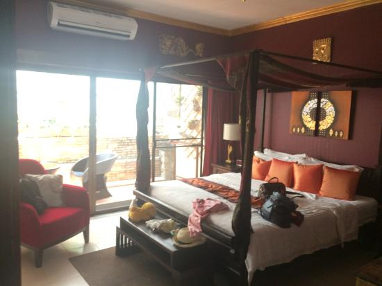Le Prive Pattaya: Junior Suite Room