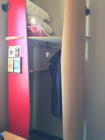 Ibis La Ciotat : Vues générales chambre 306