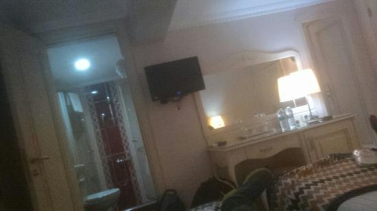 Raymond Hotel: Pieza doble