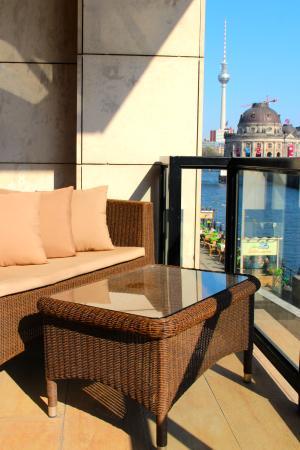 Riverside Hotel : Balkon mit Blick zur Museumsinsel
