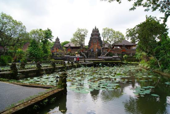 templo picture of saraswati temple ubud tripadvisor rh tripadvisor com