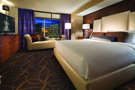 MGM Grand Hotel And Casino City View Suite