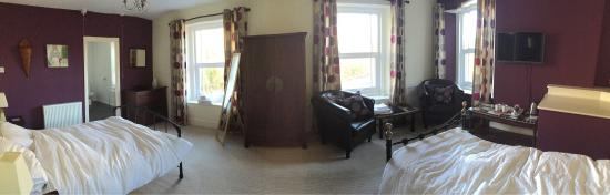Sportsmans Arms: Lovely family room!!!