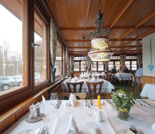 Adler Bärental: Einer der gemütlichen Gasträume