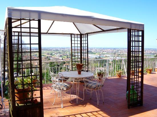 Villa Antucci Apartments & Chalet