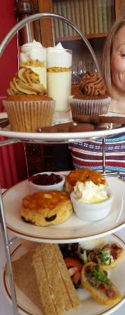 The Drawing Room: This and then they come out with scrumptious sausage rolls....yum!