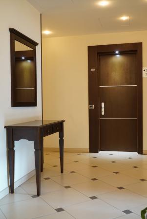 Best Western Suites & Residence Hotel: CORRIDOIO